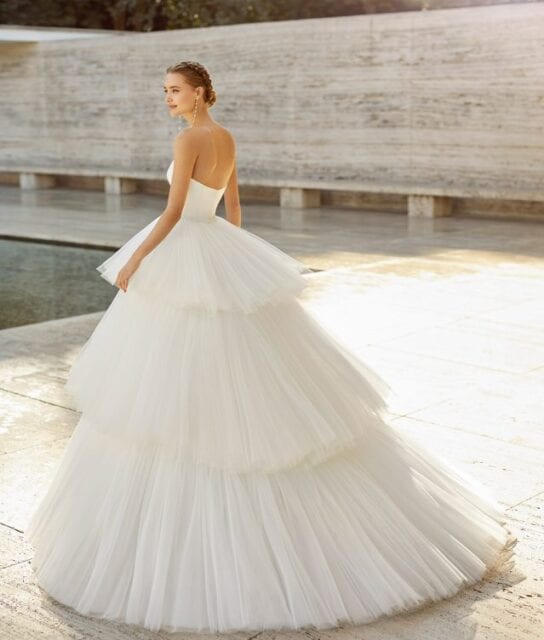 2021_ELLIE_ROSA_CLARA_COUTURE_Luxury_Tiered_Tulle_Bridal_Ballgown