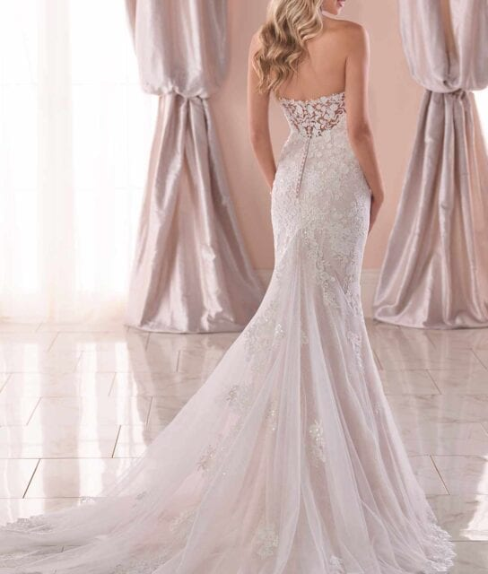 6814-Jamaica-Stella-York-French-Lace-Gown