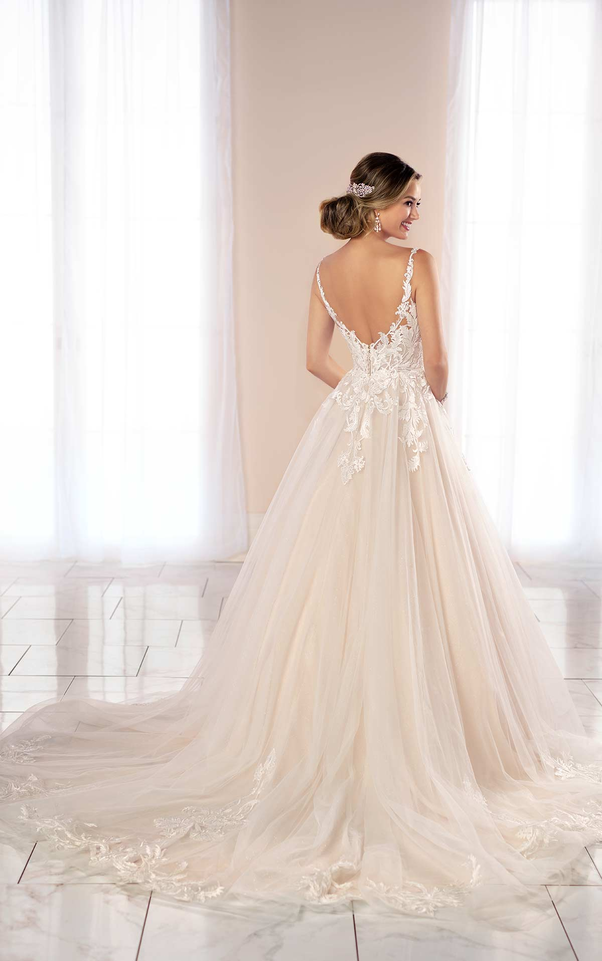 6993-Justice-Stella-York-Tulle-Lace-Ballgown-wedding-dress-straps