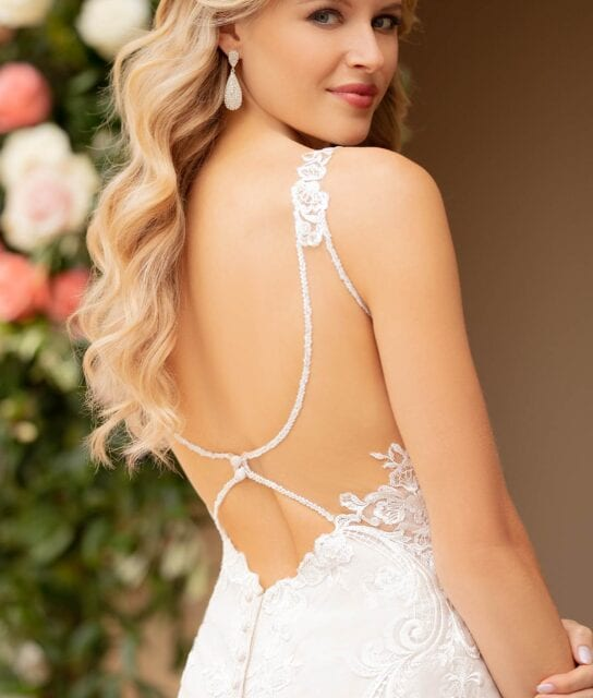Jaya-7100-Stella-York-Sexy-back-lace-mermaid-wedding-dress