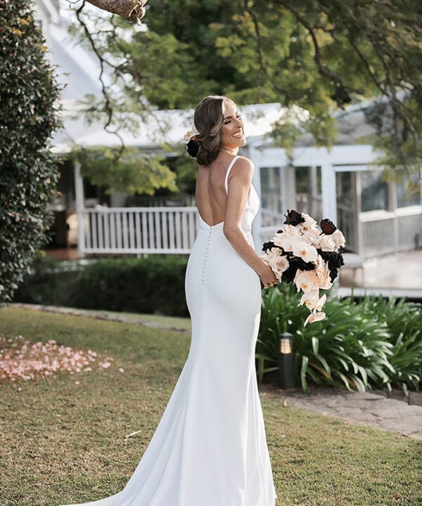 Erin_Clare_Hayley_Crepe_Elegant_Wedding_Dress_Brisbane
