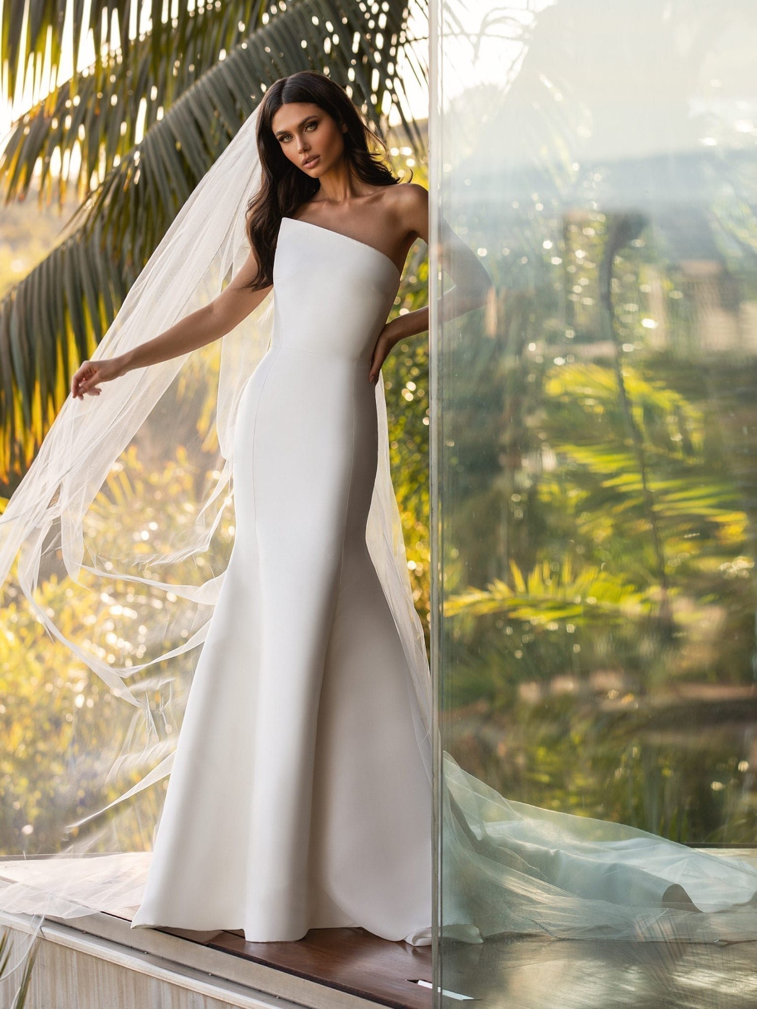 Day_Pronovias-ashley_graham_Mikado_Wedding_Dress_Asymmetrical