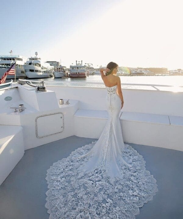 Enzoani_Odelia_Wedding_Dress_White_Lily_Couture