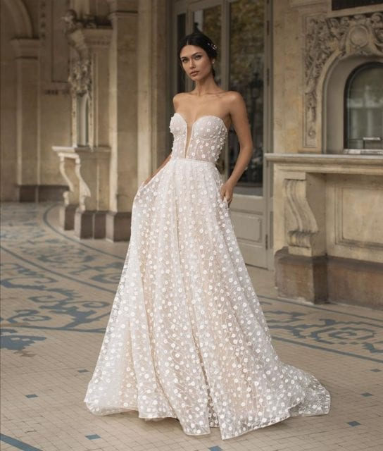 HOPKINS-Pronovias-Floral-Corset-A-line-Couture-Wedding-Dress