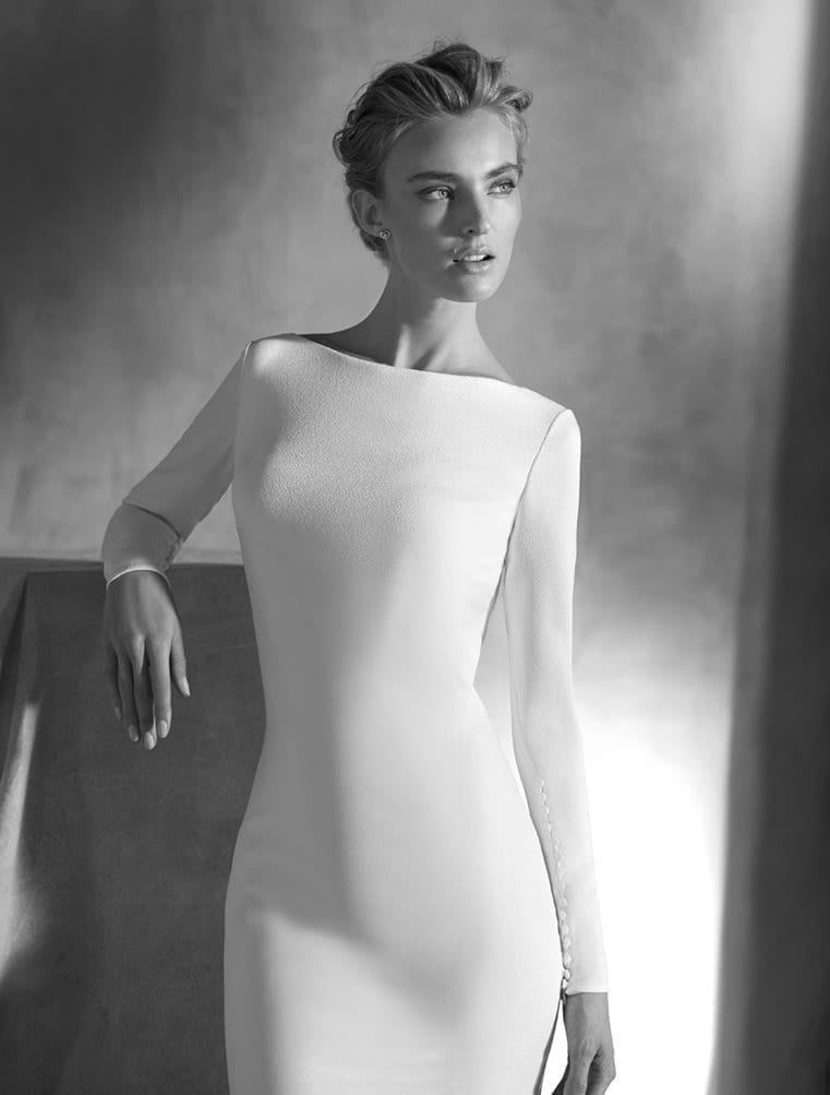 Ivania-Atelier-Pronovias-Sleek-Crepe-Couture-Long-Sleeve-Low-Back-Wedding-Dress