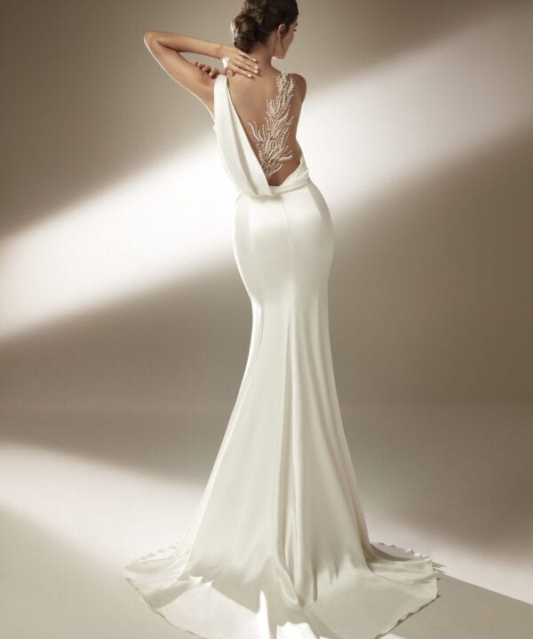 JENNIFER-Atelier-Pronovias-Sleek-Sexy-Satin-Bias-Bridal-Gown