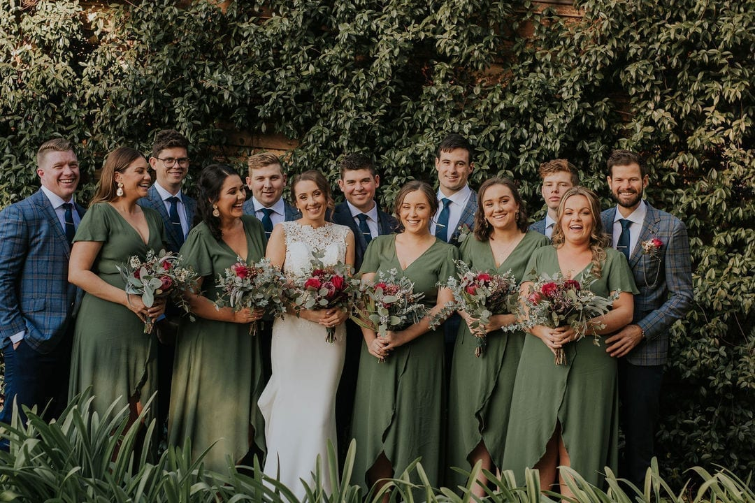 A natural colour palette at a Toowoomba Wedding