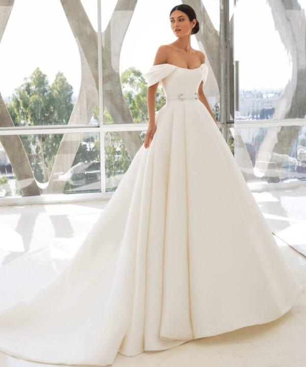 LYNN-Pronovias-Dramatic-Mikado-Couture-Ballgown-Off-the-Shoulder