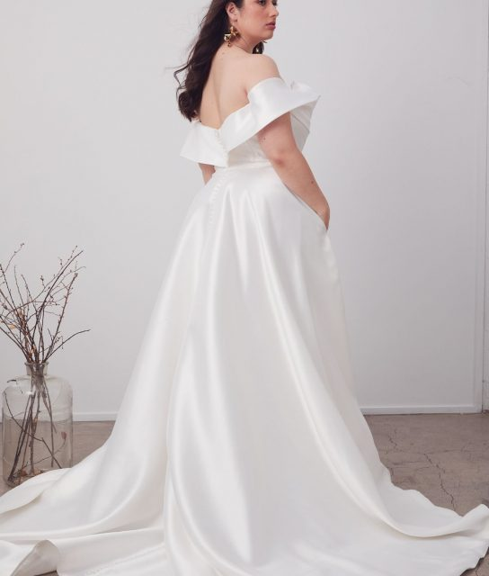 LeBelle_Hera_Couture_Cruve_Collection_Brisbane_WhiteLilyCouture (6)