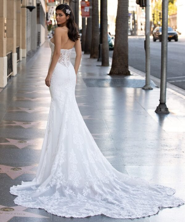MONROE-Pronovias-Sophisticated-Crepe-Lace-Wedding-Dress