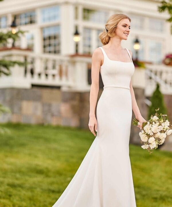 Martina_Liana_1235_Vera_Brisbane_Crepe_Square_Neck_Wedding_Dress (1)