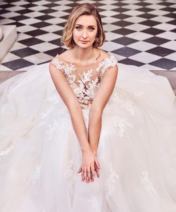Featured in Style Magazine / Bride's Dress: White Lily Couture / Venue: Customs House