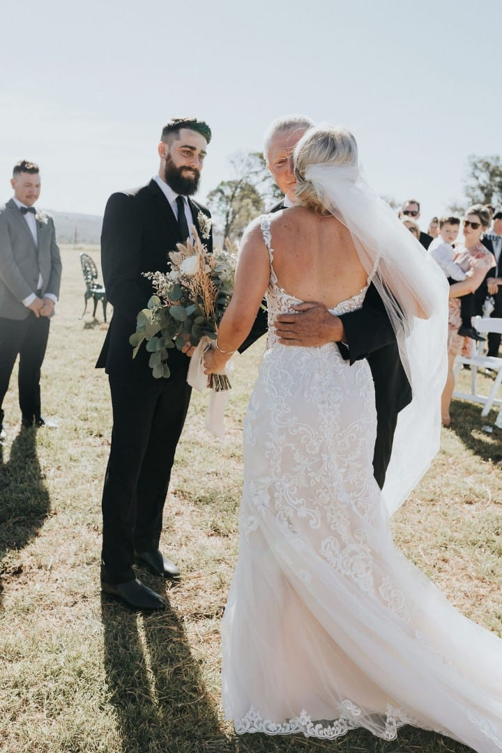 Stella_York_Country_Wedding_White_Lily_Couture_qld (4)