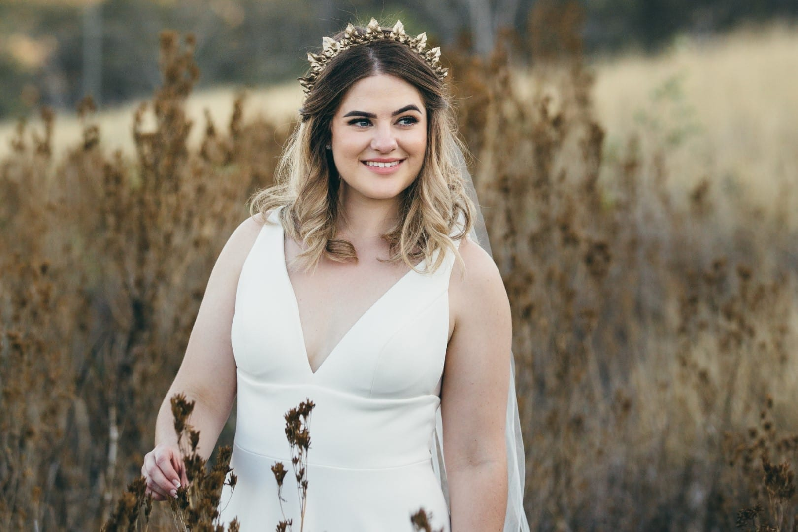 Jess wears Everly by Erin Clare Bridal