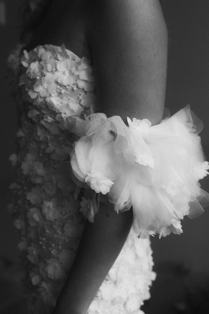 white lily couture wedding dress bright flowers brisbane (10)